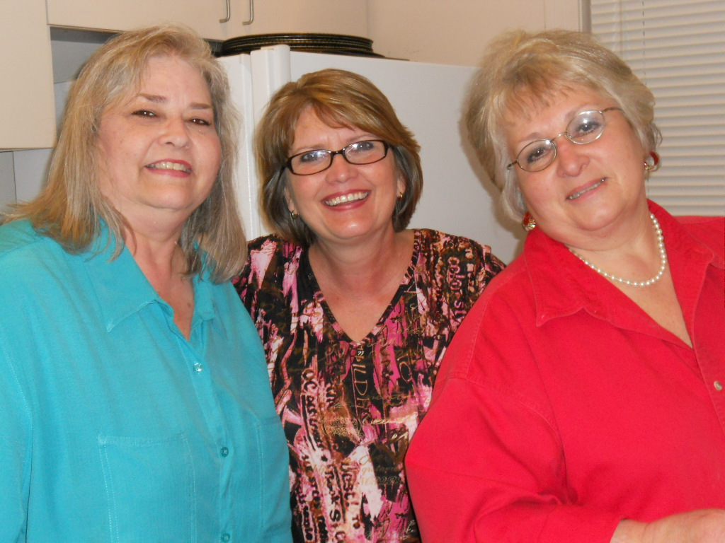Rhonda, LaDonna & Linda at Curran Hall
